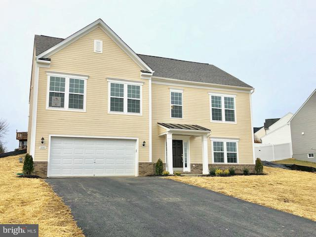Photo of home for sale at 1080 Crestwood Drive, Chambersburg PA