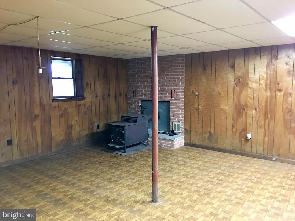 Lower Level rec room, walk out to front of home - 7115 DAMASCUS RD, GAITHERSBURG