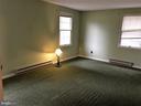 Master bedroom - 7115 DAMASCUS RD, GAITHERSBURG