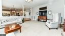Family Room off of the kitchen - 16641 ELK RUN CT, LEESBURG