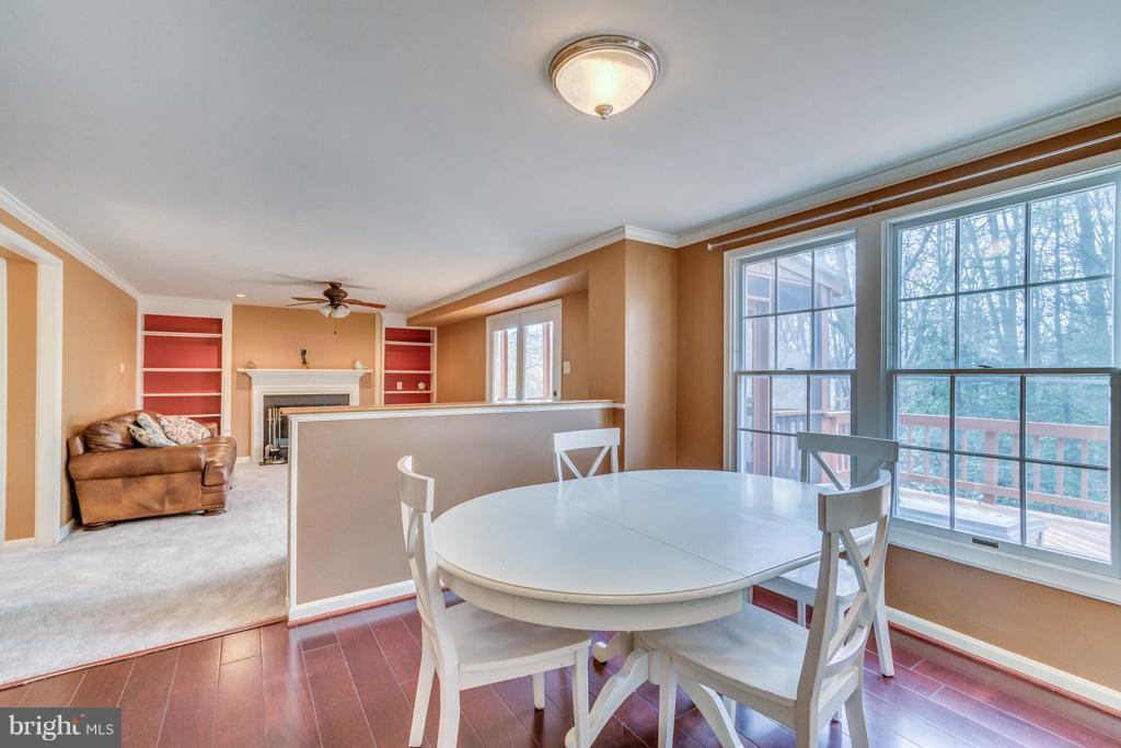 Eat in kitchen area - 3227 TITANIC DR, STAFFORD