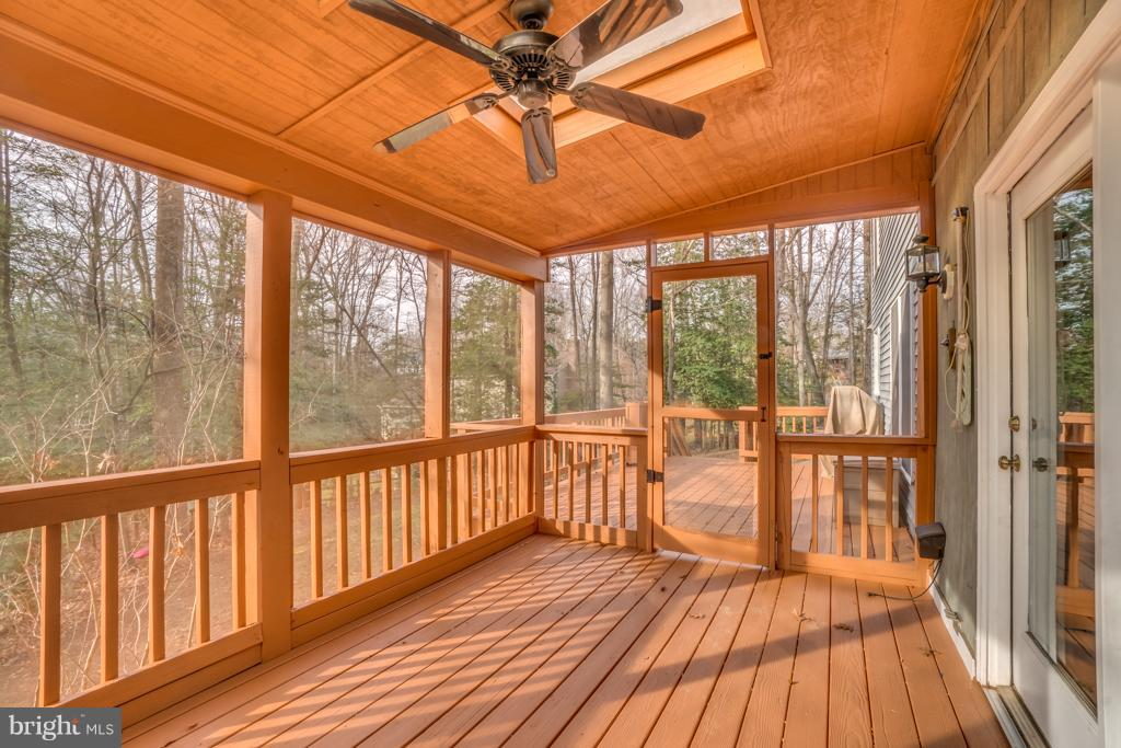 Spacious, partially screened in back deck - 3227 TITANIC DR, STAFFORD
