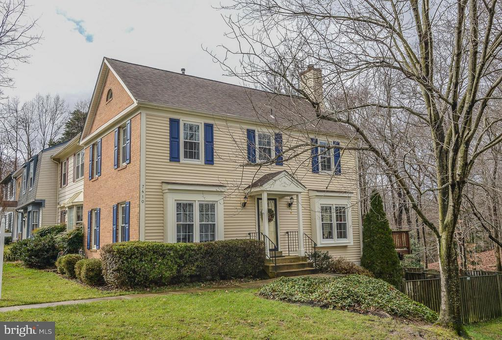 One of West Springfield 3 Bedroom Homes for Sale at 7410  SPRING TREE DRIVE