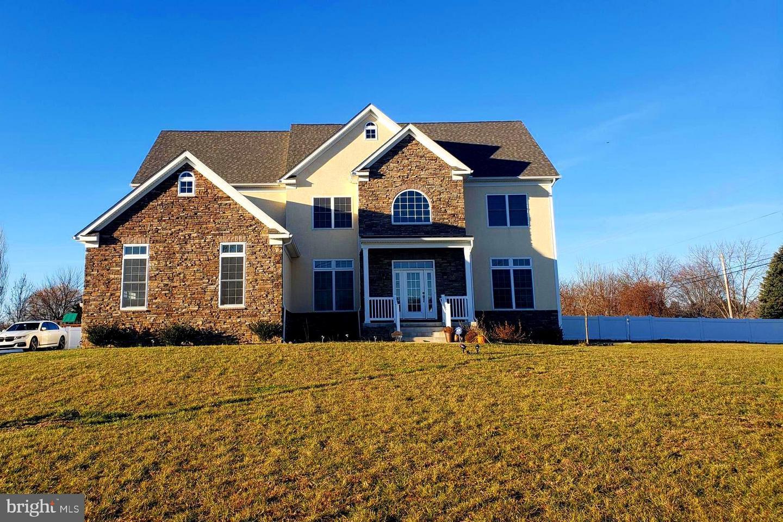 Частный односемейный дом для того Продажа на 300 HARRISONVILLE Mullica Hill, Нью-Джерси 08062 Соединенные ШтатыВ/Около: Harrison Township