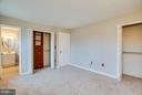 Master offers two closets with organizers. - 6 DEENE CT, STAFFORD