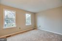 Three naturally-lit bed rooms on the upper level. - 6 DEENE CT, STAFFORD