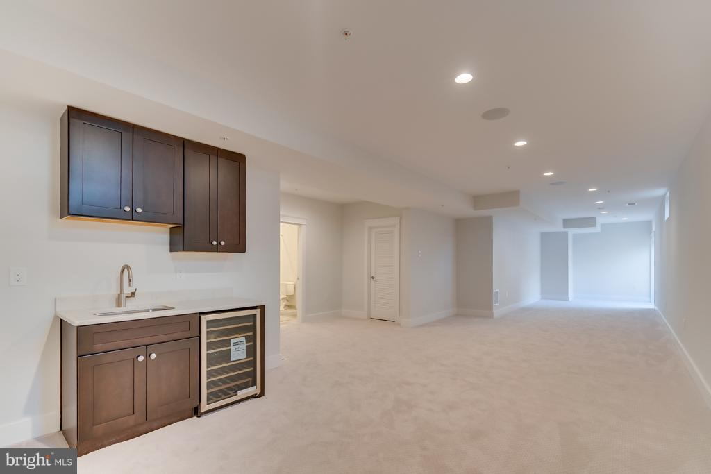 Basement with Wet Bar and beverage fridge - 4525 FAIRFIELD DR, BETHESDA