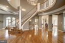 Rooms radiate from the rotunda for great flow - 3942 27TH RD N, ARLINGTON