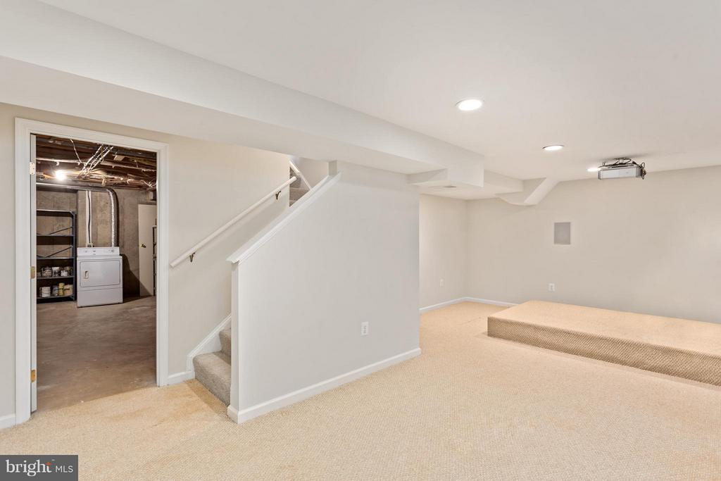 Recreation Room with Recessed Lighting - 5833 NEW ENGLAND WOODS DR, BURKE
