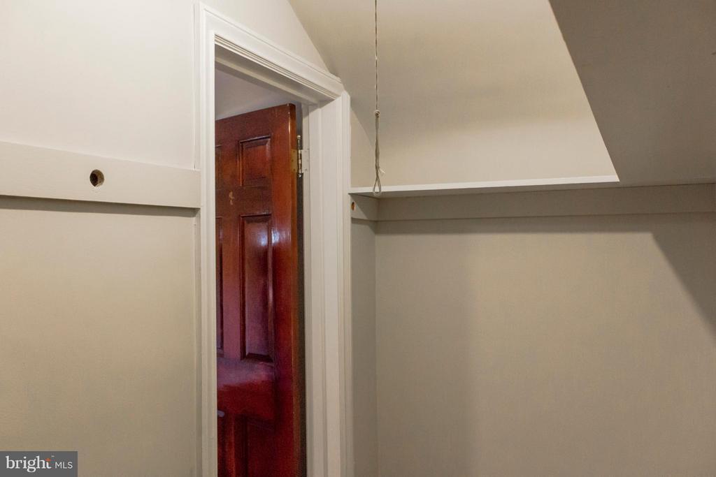 Main bedroom walk in closet - 2005 NE LAWRENCE ST NE, WASHINGTON