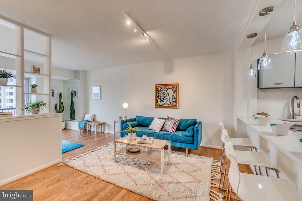 Living/Dining Area - 560 N ST SW #N707, WASHINGTON
