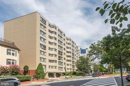 922 24TH ST NW #610