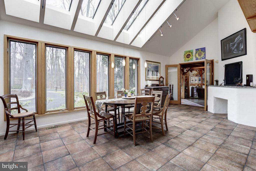 (1)Skylit Breakfast Room; Gas Fireplace;Tile Floor - 11601 SPRINGRIDGE RD, ROCKVILLE