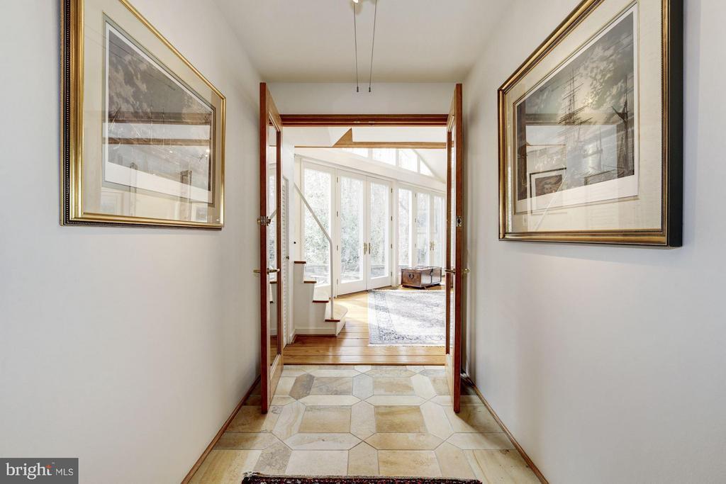Gallery Hall to Master Bedroom - 11601 SPRINGRIDGE RD, ROCKVILLE
