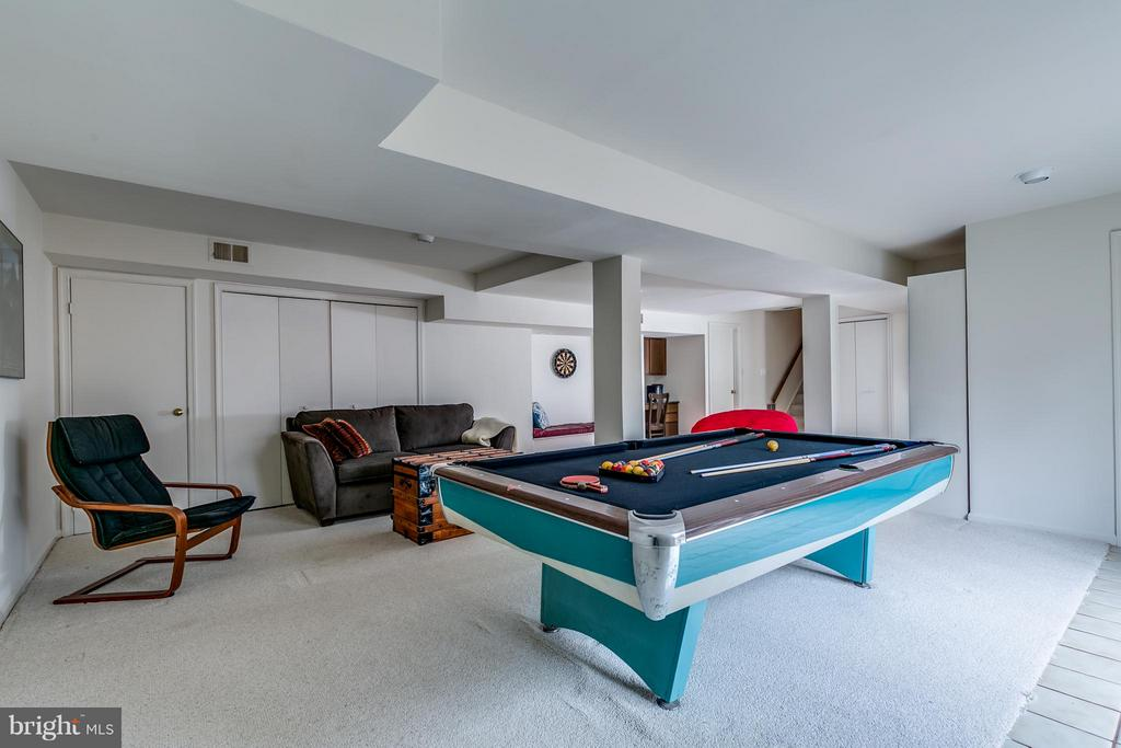 Basement Game Room Full View - 6026 MAKELY DR, FAIRFAX STATION