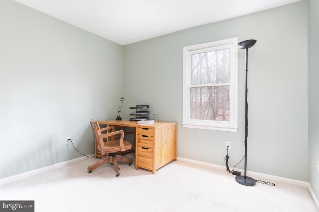 Bedroom 4 - 6026 MAKELY DR, FAIRFAX STATION