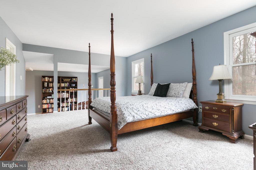 Master Bedroom - 6026 MAKELY DR, FAIRFAX STATION