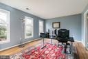 Dedicated Office or Main Level Bedroom - 6026 MAKELY DR, FAIRFAX STATION