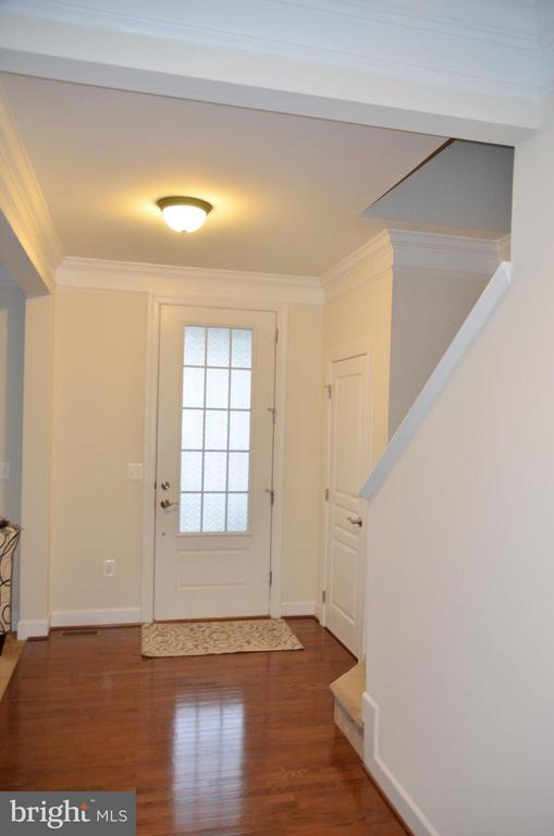 FOYER - 15106 ADDISON LN, WOODBRIDGE