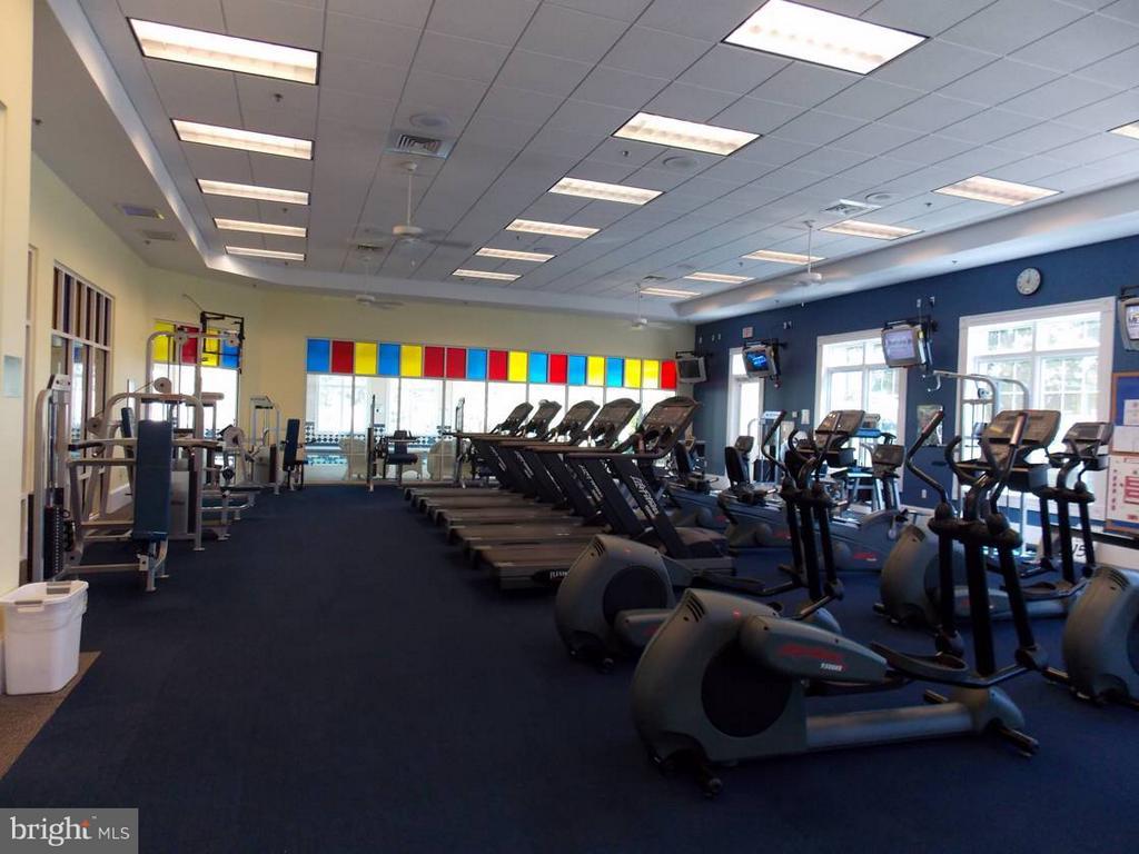 Community Fitness Center - 85 LEGEND DR, FREDERICKSBURG