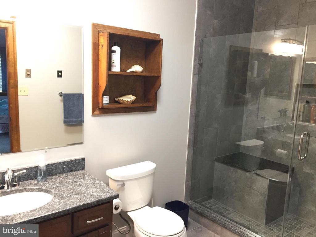 2nd Lower Bathroom Renovated in 2018 - 2808 DEEPWATER TRL, EDGEWATER