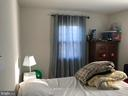 BED - 4306 OAK HILL DR, ANNANDALE