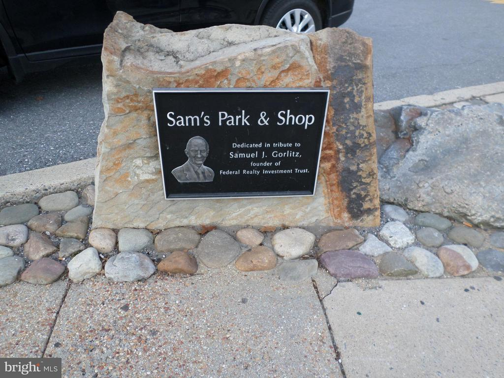 Sam's Park and Shops Next to Building - 2755 ORDWAY ST NW #311, WASHINGTON