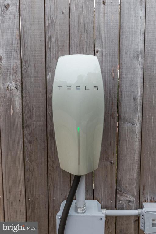 Off-Street Parking w/ Tesla Car Charger - 1901 12TH ST NW, WASHINGTON