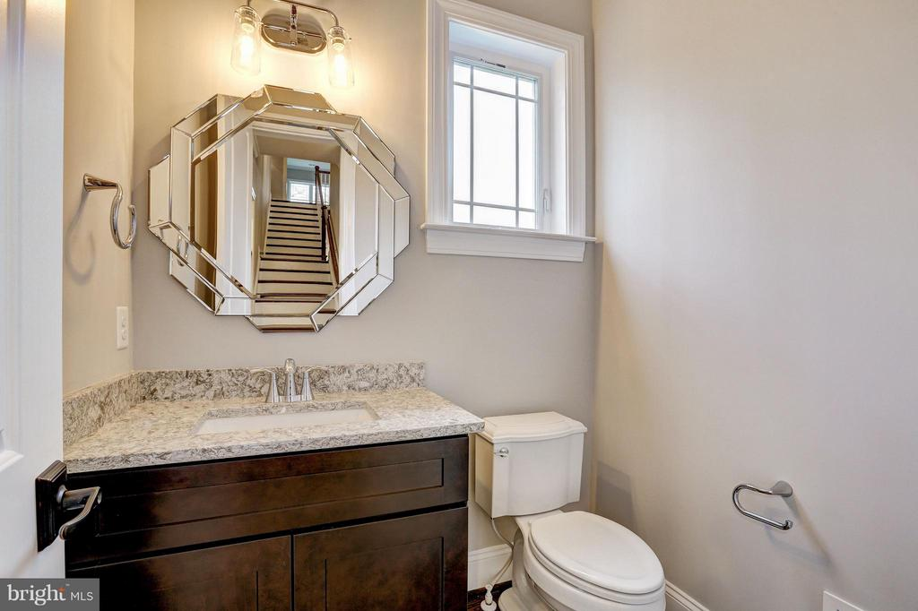 Informal Powder Room - 6017 TILDEN LN, ROCKVILLE
