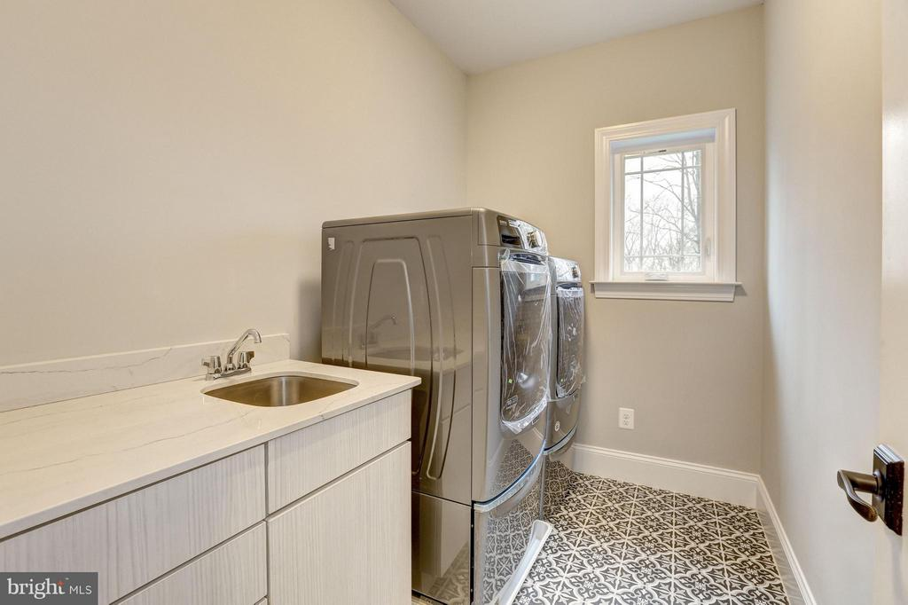 Upper Level Laundry Room - 6017 TILDEN LN, ROCKVILLE