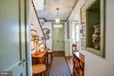 Hallway and entrance - 804 CORNELL ST, FREDERICKSBURG
