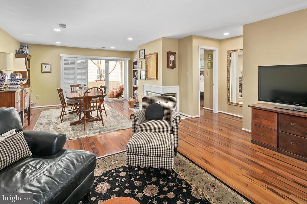 Open Floor Plan - 5806 LINDEN SQUARE CT #38, NORTH BETHESDA