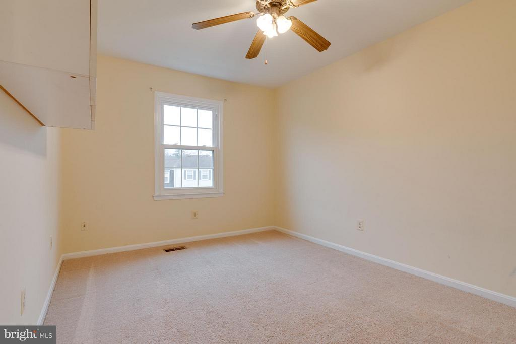 Third bedroom - 6358 PINE VIEW CT #62B, BURKE