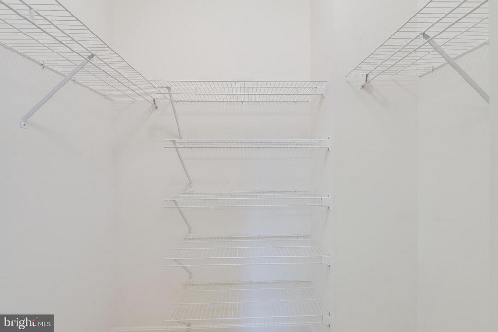 Closet - 19355 CYPRESS RIDGE TER #501, LEESBURG