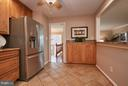 Kitchen open for entertaining!  Party? - 3421 BEAUFORD CIR, ANNANDALE