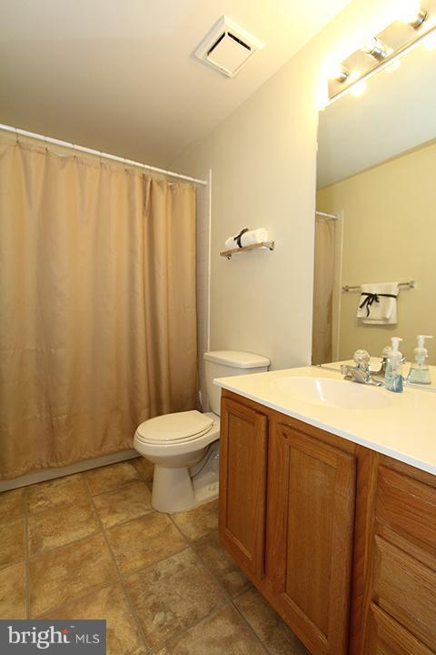 Lower level full bath - 344 STALLION SQ NE, LEESBURG