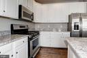 Kitchen - new appliances on order - 43580 DUNHILL CUP SQ, ASHBURN