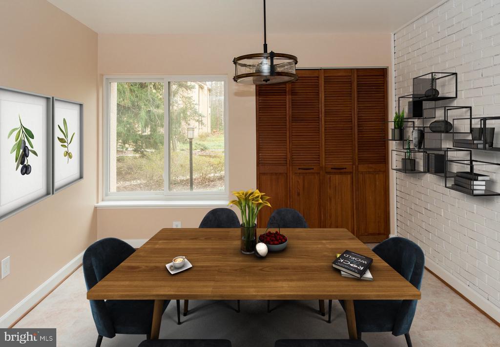 Enjoy breakfast in bright and airy kitchen eat in - 2358 SOFT WIND CT, RESTON