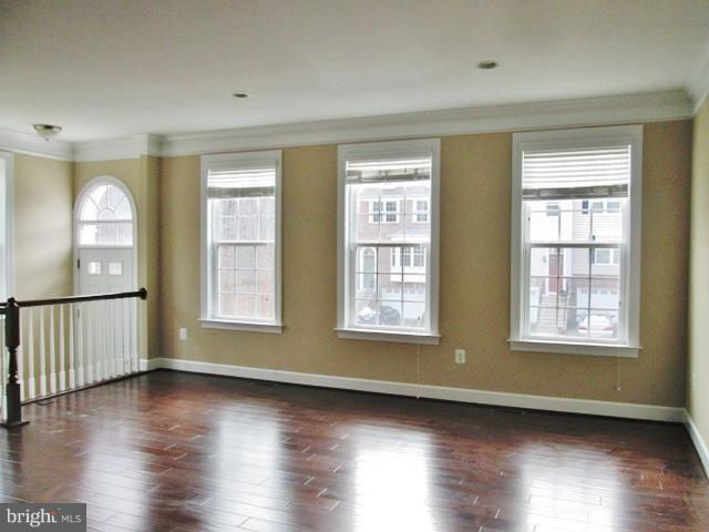 Living room - 1704 GRANVILLE CT, WOODBRIDGE