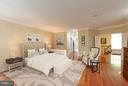 Grand master suite with his & hers walk-in closets - 7111 TWELVE OAKS DR, FAIRFAX STATION