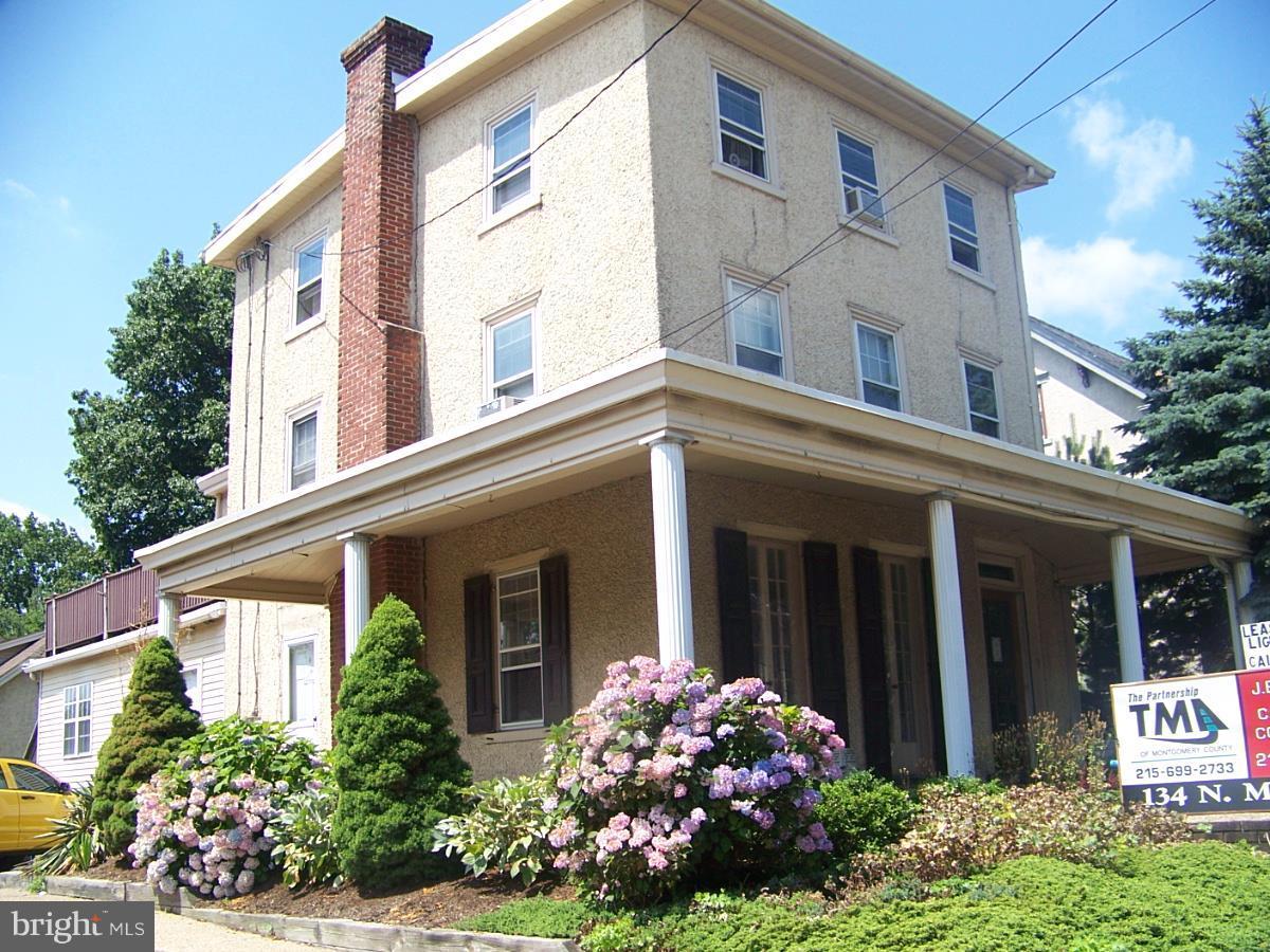 Duplex Homes per Vendita alle ore North Wales, Pensilvania 19454 Stati Uniti