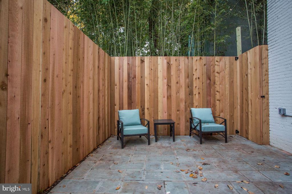 Private Patio - 1810 15TH ST NW #1, WASHINGTON