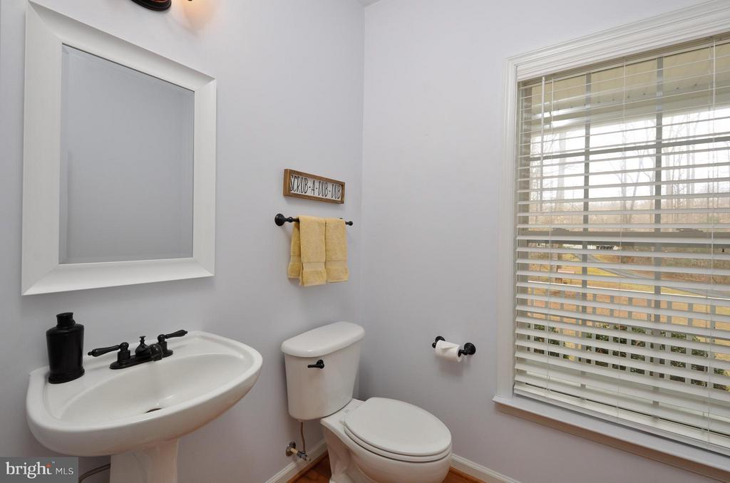 Main level half bath - 221 SEQUESTER DR, STAFFORD