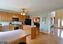 Extra seating a kitchen counter bar! - 221 SEQUESTER DR, STAFFORD