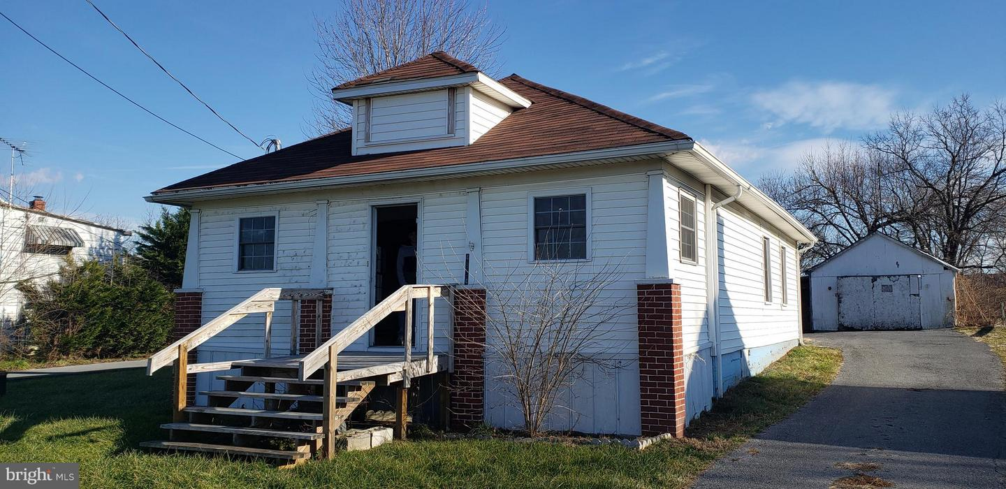 Single Family for Sale at 4804 Martinsburg Pike Clear Brook, Virginia 22624 United States