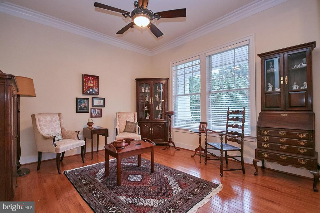 Bright Formal Living Room - 7224 FARR ST, ANNANDALE