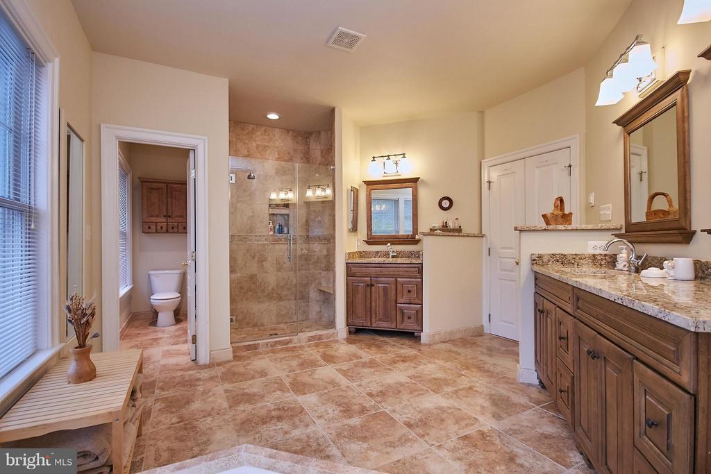 Master bath - heated floors - 7224 FARR ST, ANNANDALE