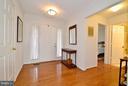 Foyer - 4555 SHETLAND GREEN RD, ALEXANDRIA