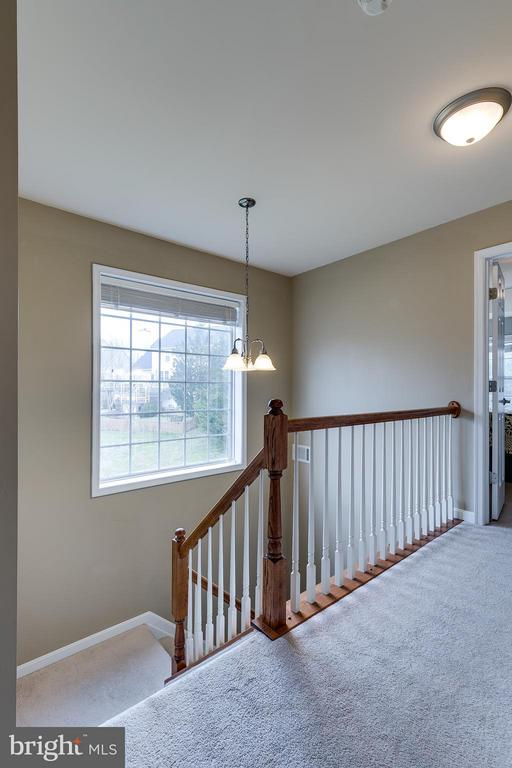 Upper Level Hall with Large Side Window - 21018 ROAMING SHORES TER, ASHBURN