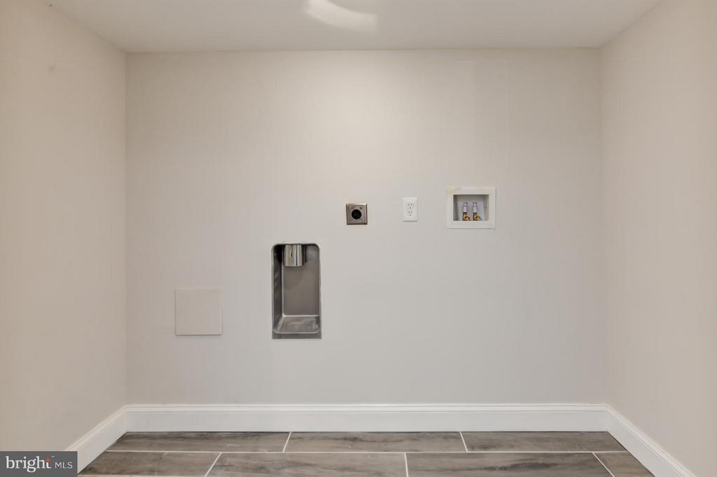 Laundry Room - 207 UNDERWOOD ST NW, WASHINGTON